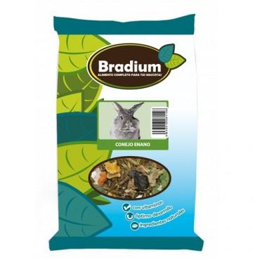 BRADIUM Πλήρης Τροφή Κουνελιών (700gr)